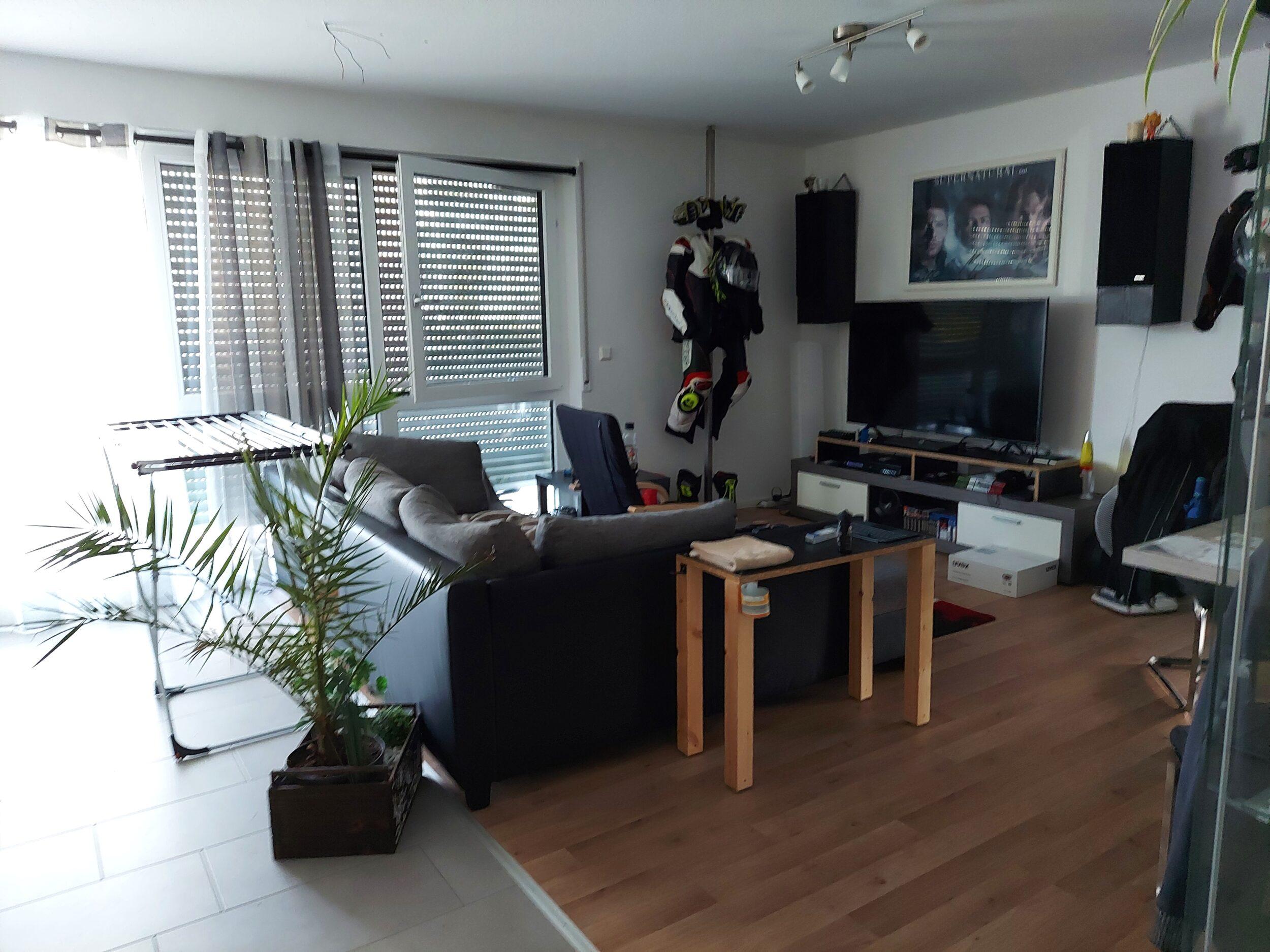 Besigheim – neuwertige 2-Zimmer-Wohnung in herrlicher Feldrandlage!